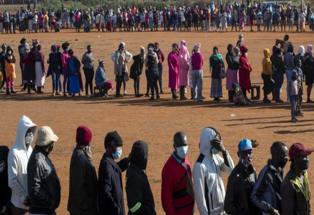 ΠΟΥ: Μόλις 15 από τις 54 χώρες της Αφρικής έχουν εμβολιάσει πλήρως το 10% του πληθυσμού τους