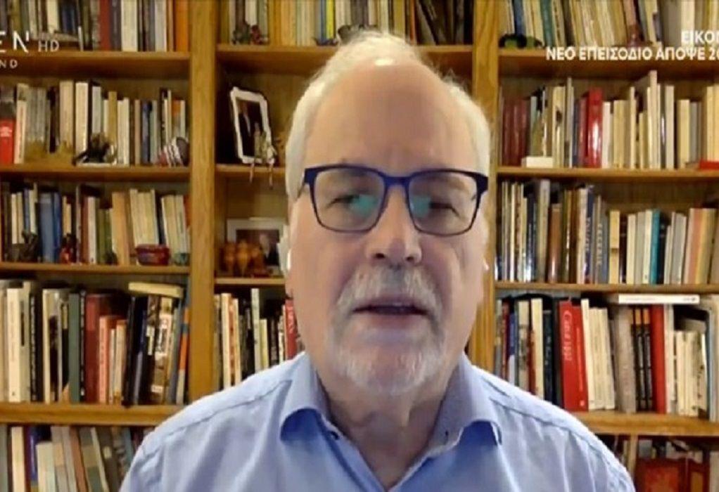 Γ. Παυλάκης: Μπαίνοντας ο χειμώνας τα κρούσματα θα αρχίσουν να ανεβαίνουν και πάλι