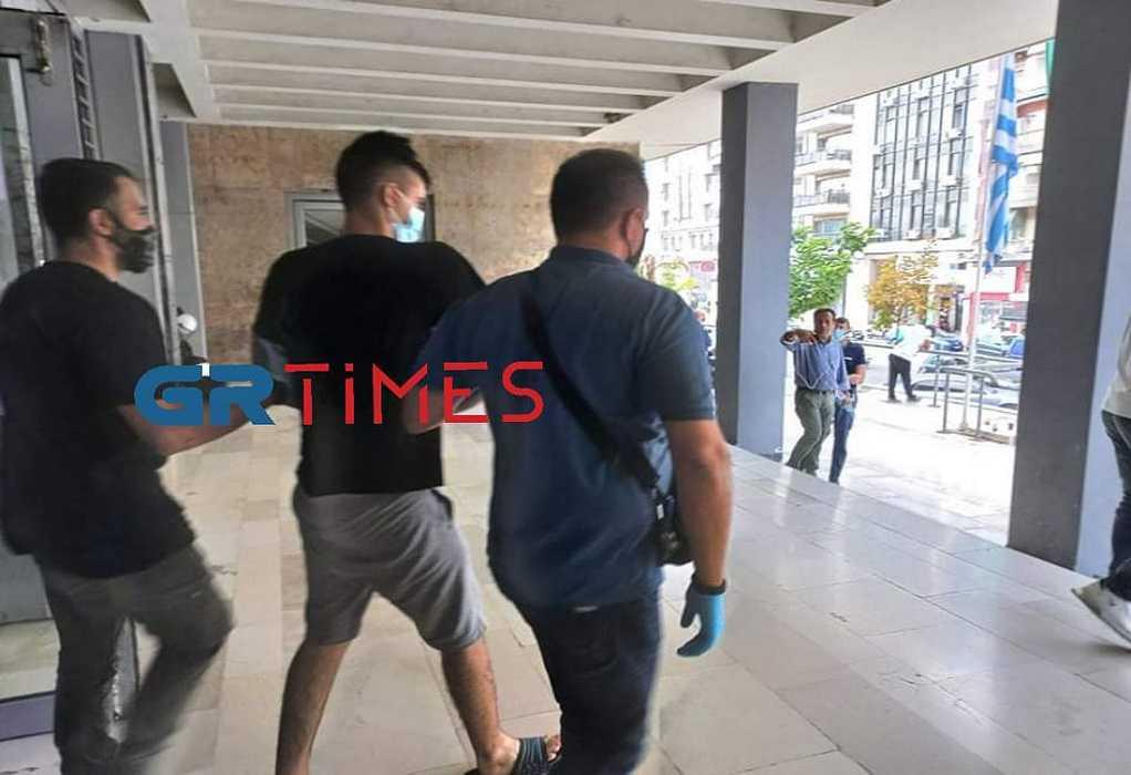 Θεσσαλονίκη: 20χρονος διαρρήκτης ξυλοκόπησε μέχρι θανάτου 88χρονη στο σπίτι της