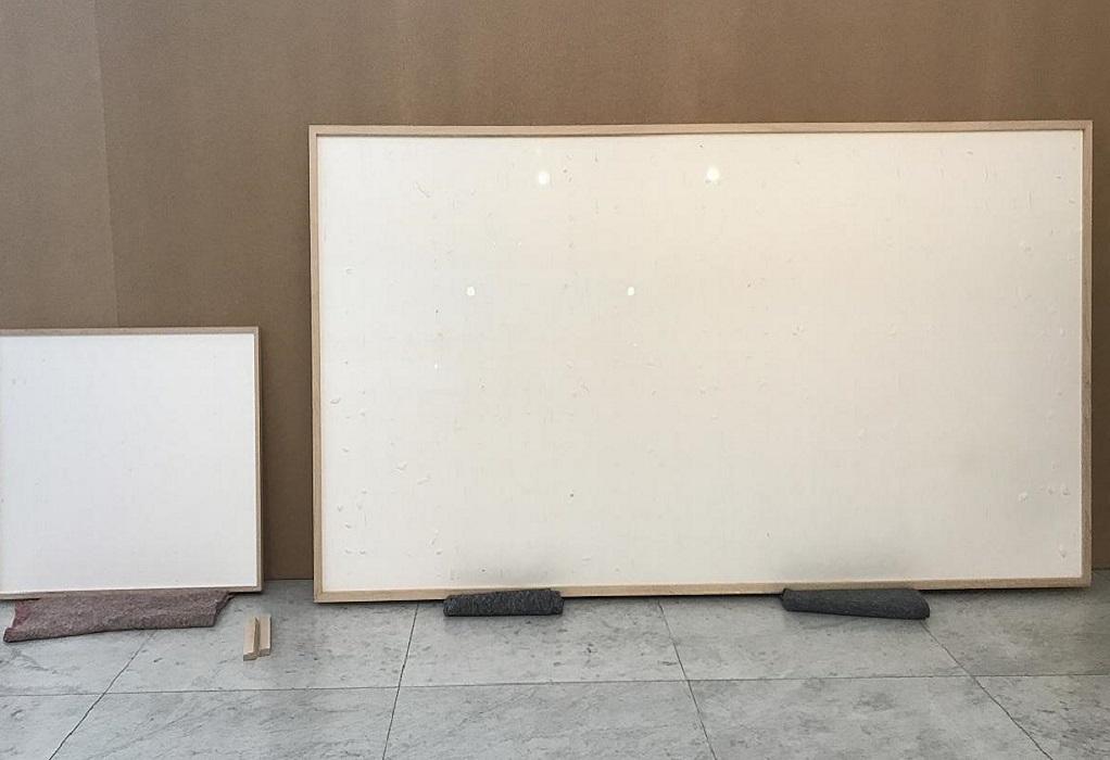 Δανία: Καλλιτέχνης ήταν έτοιμος να εκθέσει πίνακες από χαρτονομίσματα – Τελικά πήρε τα λεφτά και εξαφανίστηκε