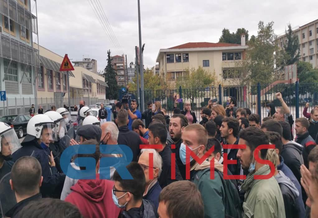 Θεσσαλονίκη: 5 συλλήψεις και 23 προσαγωγές από τα επεισόδια στα ΕΠΑΛ