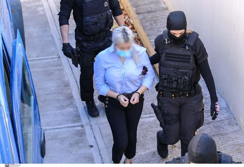 Επίθεση με βιτριόλι: Τι θα ισχυριστεί στην απολογία της η κατηγορουμένη