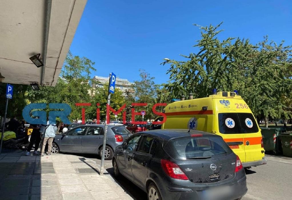 Θεσσαλονίκη: Αιματηρό επεισόδιο μέρα μεσημέρι στην Αριστοτέλους – Ένας τραυματίας (ΦΩΤΟ)