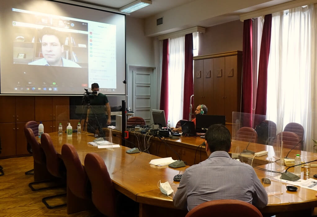 O Φ. Κουρμούσης σε ενημερωτικά διάσκεψη του ΕΕΘ