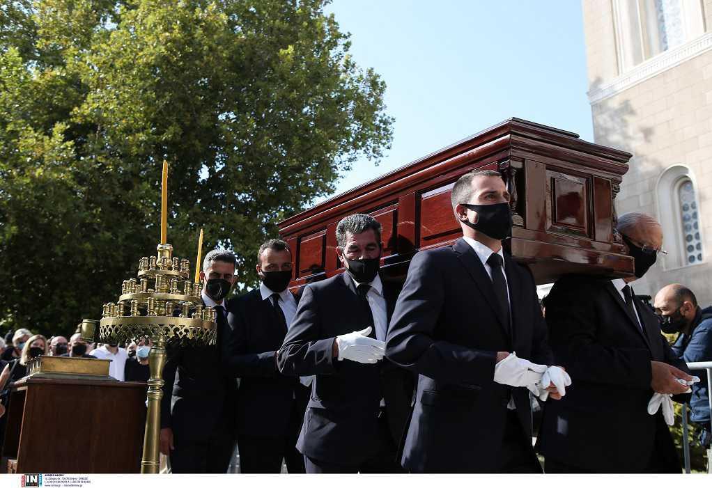 Μίκης Θεοδωράκης: Τέλος στο θρίλερ με την κηδεία – Θα γίνει όπως εκείνος επιθυμούσε
