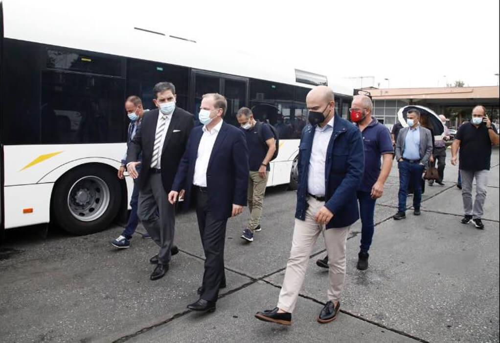 Καραμανλής: Aνανεώθηκε στο 95% ο στόλος των λεωφορείων του ΟΑΣΘ