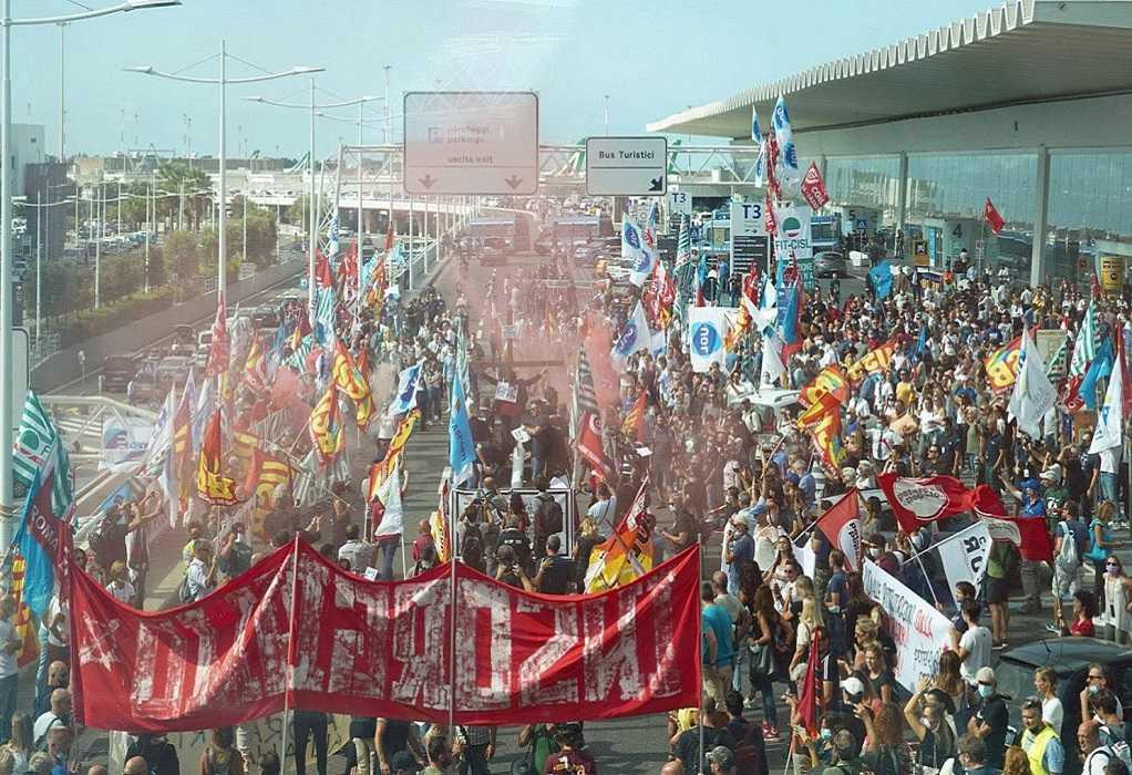 Ιταλία: Ένταση στην κινητοποίηση εργαζομένων της Alitalia με Αστυνομικούς