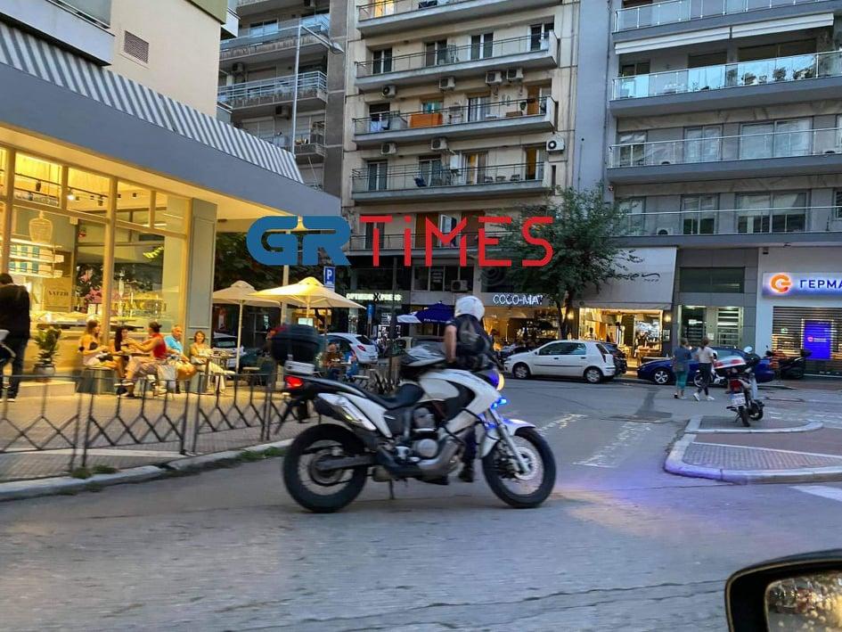 Θεσσαλονίκη: Κλείνουν δρόμοι προς τον Λευκό Πύργο-Αυξημένη η κίνηση στο κέντρο (ΦΩΤΟ)