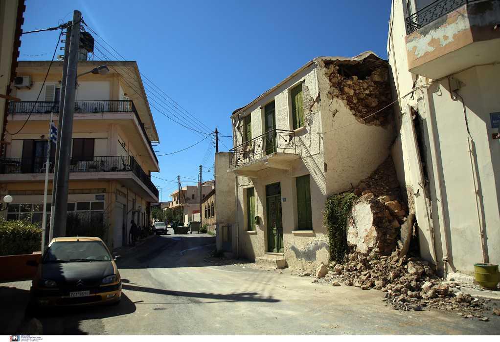 Ηράκλειο: Εν αναμονή των κοντέινερ για τους σεισμόπληκτους