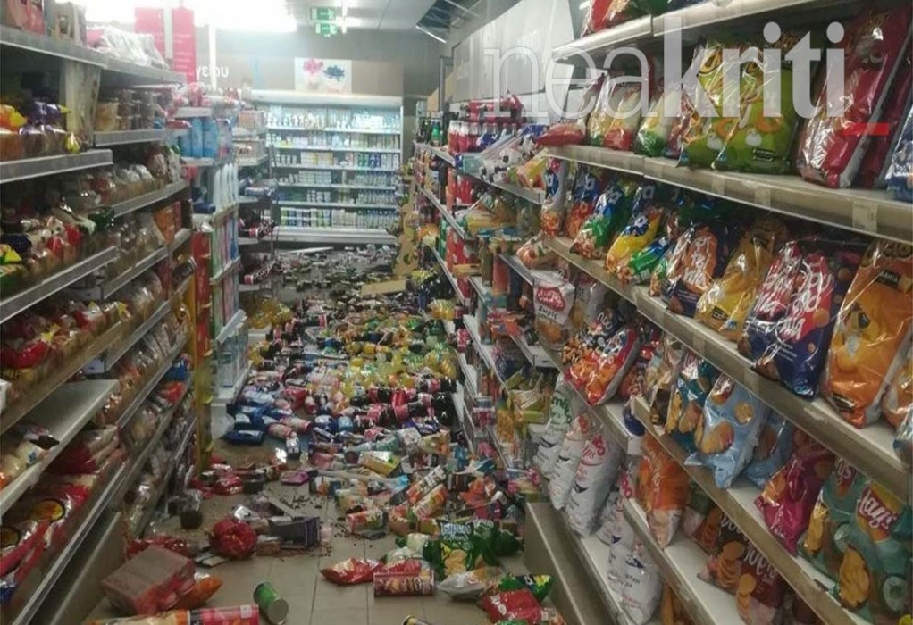Σεισμός στο Ηράκλειο: Δείτε πώς γλίτωσε βρέφος σε σούπερ μάρκετ τελευταία στιγμή (VIDEO)