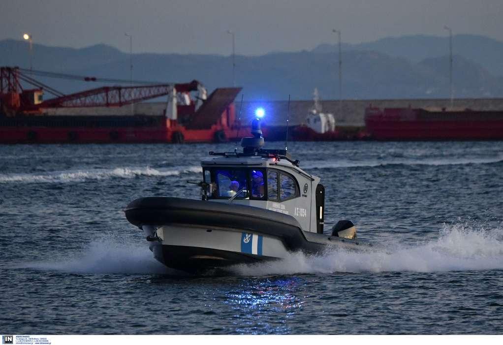 Χαλκιδική: Επιχείρηση εντοπισμού τριών αγνοουμένων με κανό στη Ν. Σκιώνη