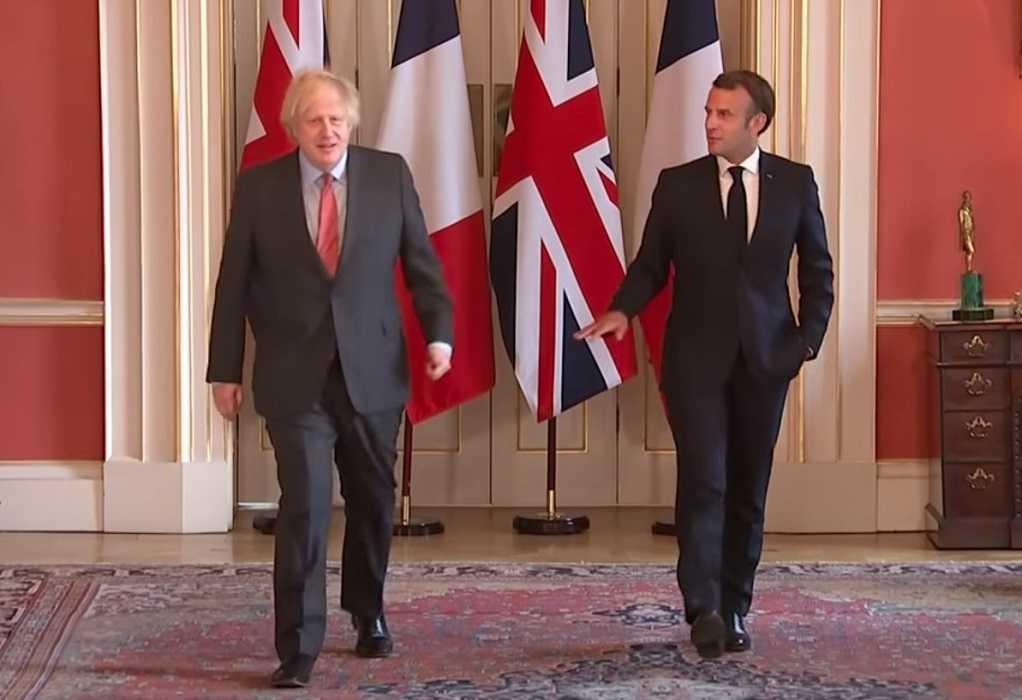 Τζόνσον – Μακρόν: Η Βρετανία θέλει να αποκαταστήσει τη συνεργασία της με τη Γαλλία