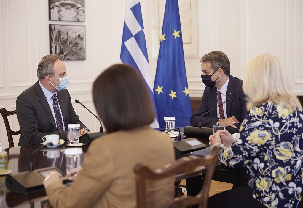 Μητσοτάκης σε Στεφάνου: Τα θέματα που μας αφορούν απαιτούν απόλυτο συντονισμό Ελλάδος-Κύπρου