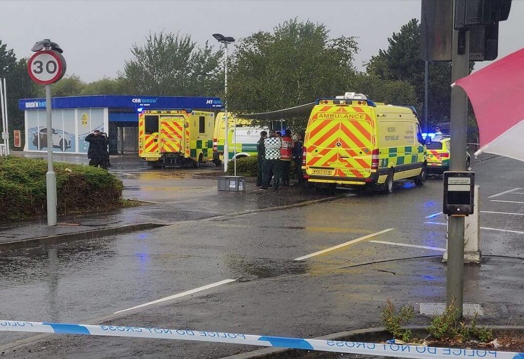 Μπρίστολ: Άνδρας με μαχαίρι εισέβαλε σε βενζινάδικο και πήρε ομήρους