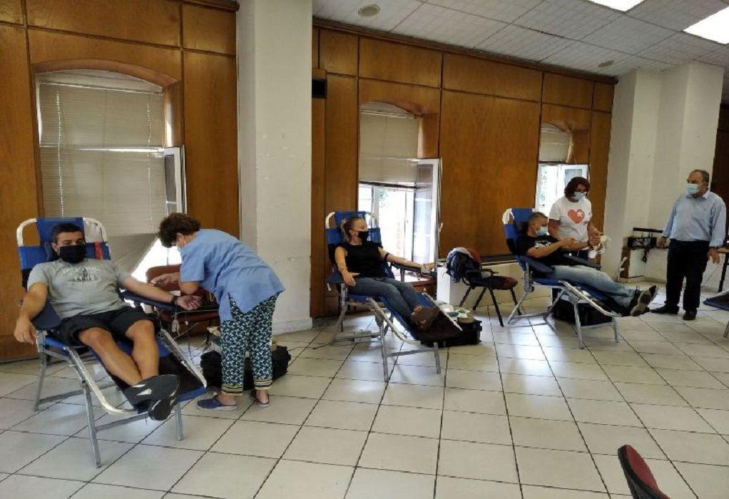 ΠΚΜ: Πέμπτη δράση εθελοντικής αιμοδοσίας – Μεγάλη η συμμετοχή των πολιτών για προσφορά αίματος