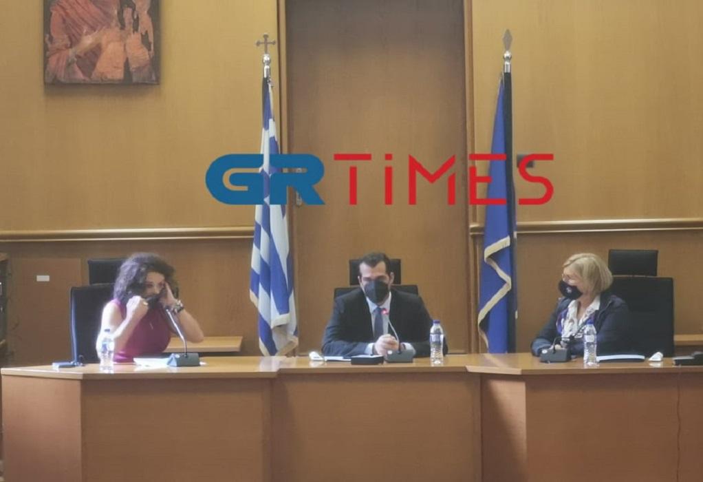 Πλεύρης από Θεσσαλονίκη: Καμία κουβέντα για μέτρα – Χρειάζεται προσοχή