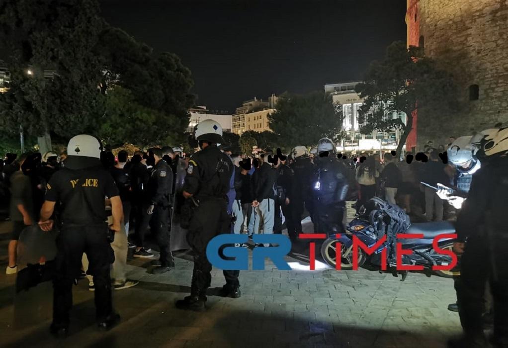 Θεσσαλονίκη: Επίθεση με πέτρες στην πορεία του Thessaloniki Pride – Έξι προσαγωγές (VIDEO-ΦΩΤΟ)