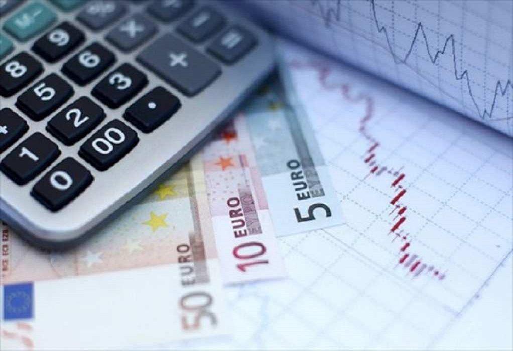 Προϋπολογισμός 2021: Μειωμένο έλλειμμα στο οκτάμηνο σε σχέση με τον στόχο τουΜεσοπρόθεσμου