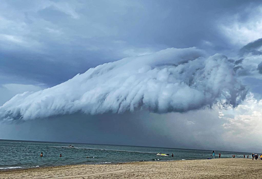Shelf Cloud: Το εντυπωσιακό σύννεφο που «σκέπασε» χθες την Χαλκιδική (ΦΩΤΟ-VIDEO)