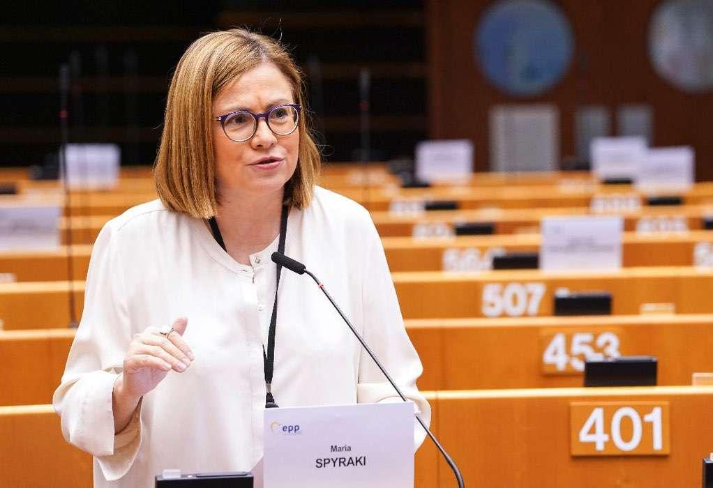 Μαρία Σπυράκη: Η Κομισιόν καλεί την Τουρκία να λάβει μέτρα για τη βλέννα στη θάλασσα