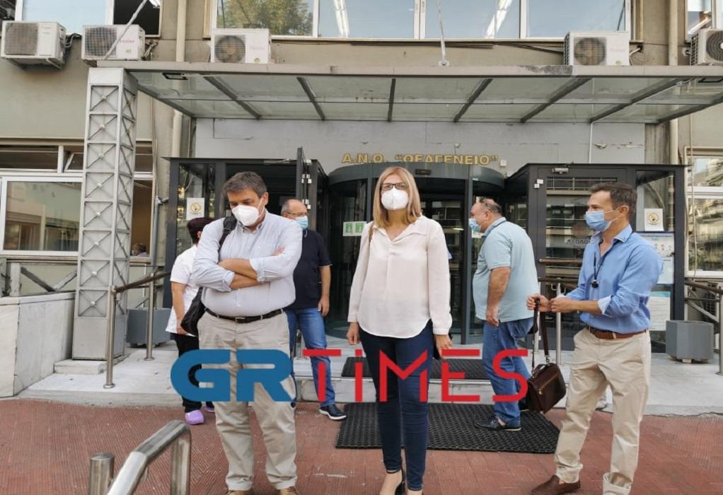 """Σε νοσοκομεία της Θεσσαλονίκης κλιμάκιο του ΣΥΡΙΖΑ: """"Απροετοίμαστοι για το τέταρτο κύμα"""" (VIDEO)"""