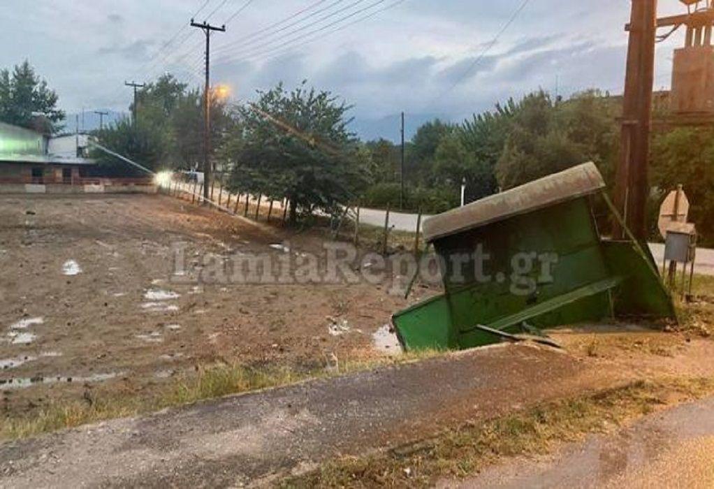 Φθιώτιδα: Ανεξέλεγκτο τρακτέρ έπεσε πάνω σε στάση