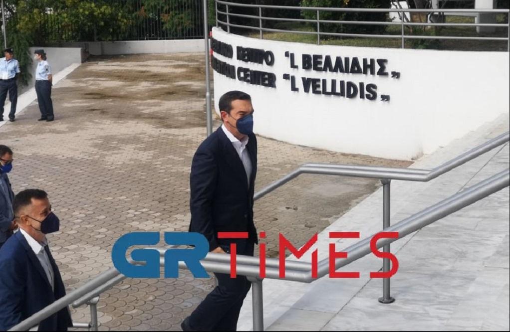 Έφτασε στο Βελλίδειο ο Τσίπρας (ΦΩΤΟ-VIDEO)