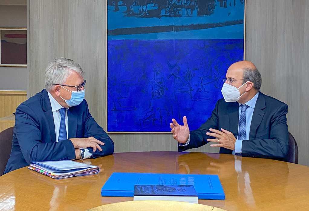 Συνάντηση Κ. Χατζηδάκη με τον Επίτροπο Απασχόλησης και Κοινωνικών Δικαιωμάτων Nicolas Schmit
