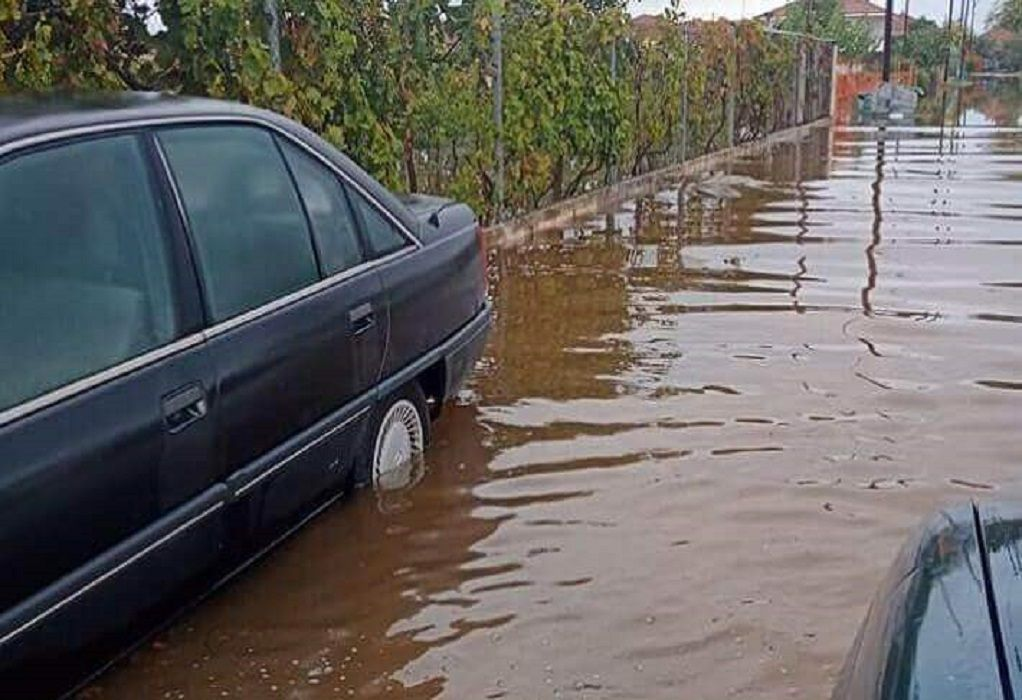 «Μπάλλος» – Σέρρες: Πλημμύρες στην Άνω Καμήλα – Κάτοικοι δεν μπορούν να βγουν από τα σπίτια (ΦΩΤΟ)