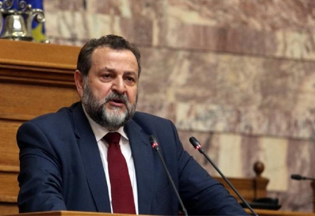 Ο Βασίλης Κεγκέρογλου κατέθεσε την υποψηφιότητά του για την ηγεσία του ΚΙΝΑΛ