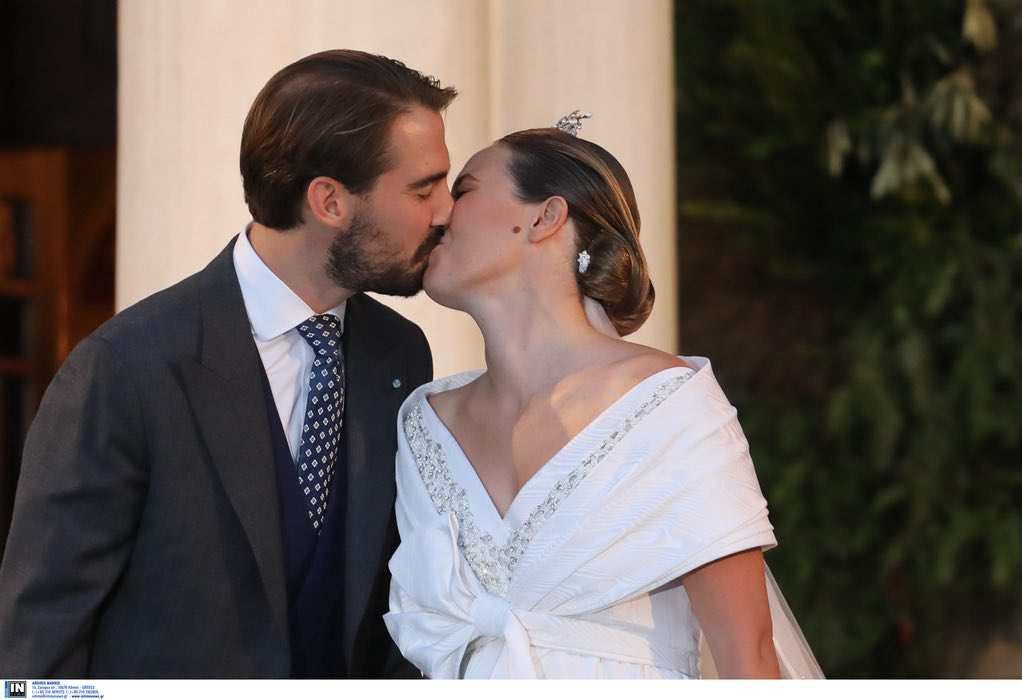 O γάμος του Φίλιππου Γλύξμπουργκ και της Νίνα Φλορ στη Μητρόπολη Αθηνών