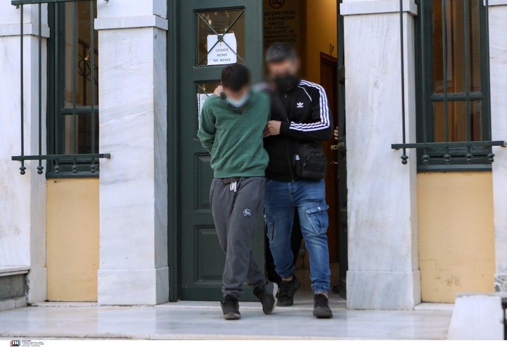 Έγκλημα στο Αιγάλεω: Την Δευτέρα η απολογία του 19χρονου