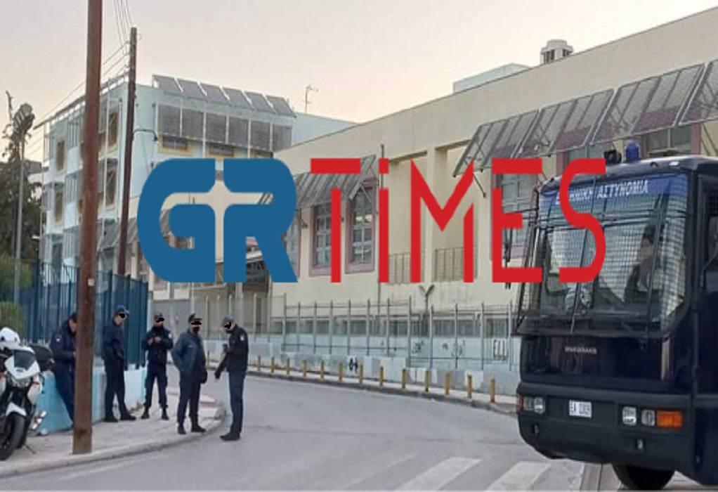 Θεσσαλονίκη: «Φρούριο» το ΕΠΑΛ Σταυρούπολης (ΦΩΤΟ)
