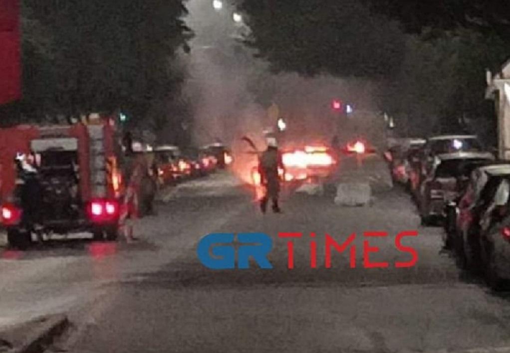 Θεσσαλονίκη: Τραυματίες και καμένα ΙΧ από τα επεισόδια (ΦΩΤΟ-VIDEO)