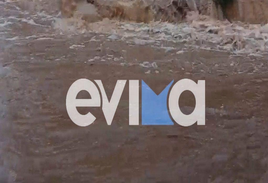 Κακοκαιρία «Μπάλλος» – Εύβοια: Βρέθηκαν κομμάτια από το αυτοκίνητο του 70χρονου που αγνοείται