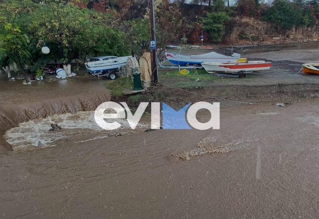 """Κακοκαιρία """"Αθηνά"""": Δοκιμάζεται ξανά η Εύβοια-""""Εξαφανίστηκε"""" παραλία (ΦΩΤΟ-VIDEO)"""