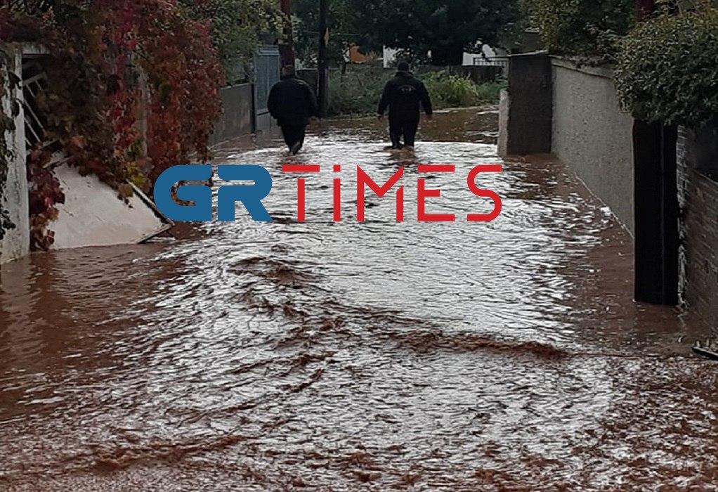 Θεσσαλονίκη: Τεράστια προβλήματα στο Ζαγκλιβέρι – 4 απεγκλωβισμοί (ΦΩΤΟ-VIDEO)