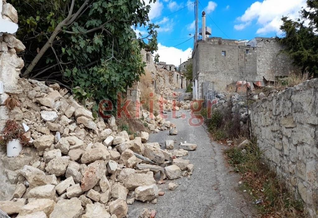 Σεισμός στην Κρήτη: Ισοπεδώθηκε χωριό στο Ηράκλειο (ΦΩΤΟ)