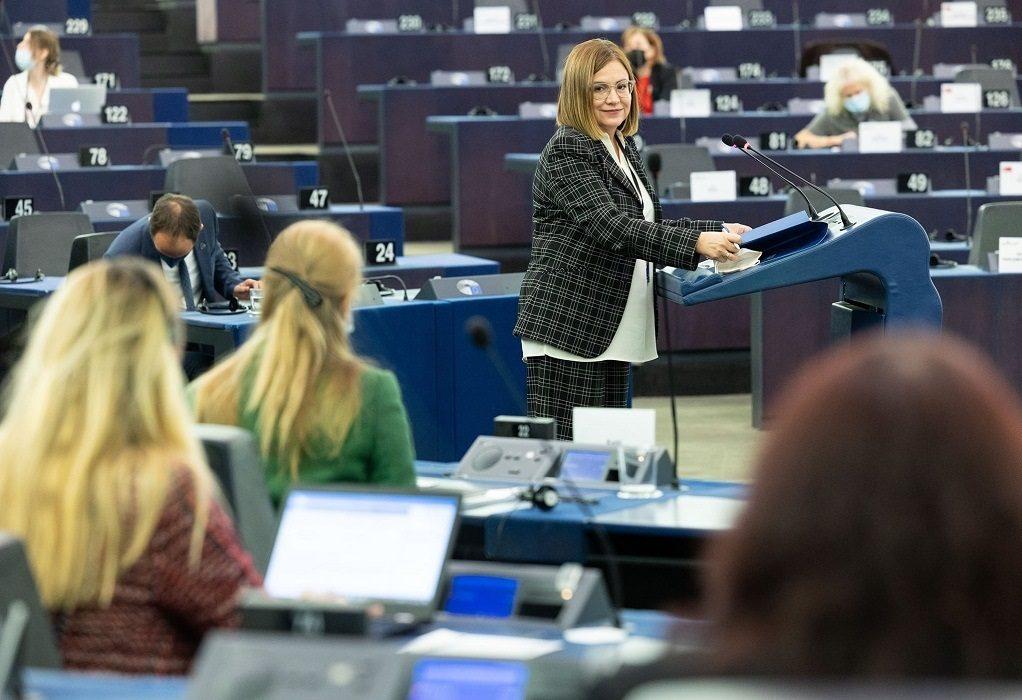 Μ. Σπυράκη: Η ΕΕ έκανε κρίσιμο βήμα για την αντιμετώπιση της κλιματικής αλλαγής