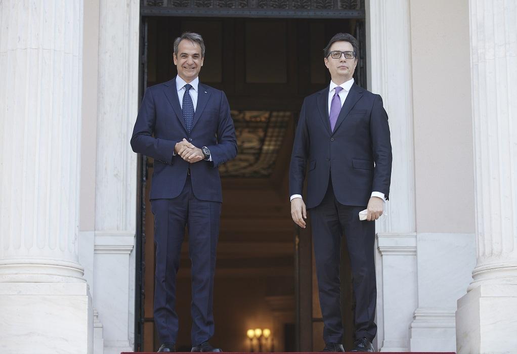 Ο Μητσοτάκης επιβεβαίωσε τη στήριξη της Ελλάδας στην ευρωπαϊκή ενταξιακή πορεία των Δυτικών Βαλκανίων