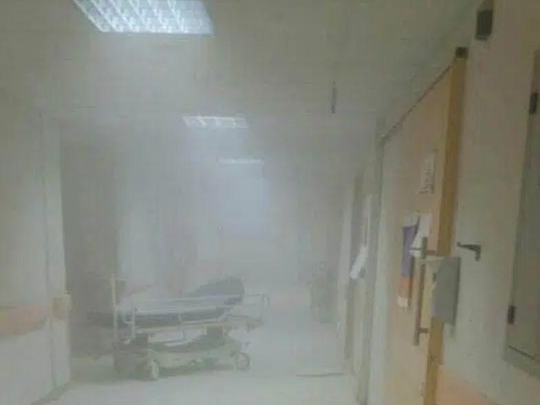 Πάτρα: Ασθενής εκτός εαυτού – Άρπαξε τον πυροσβεστήρα και τα έκανε λίμπα στο νοσοκομείο