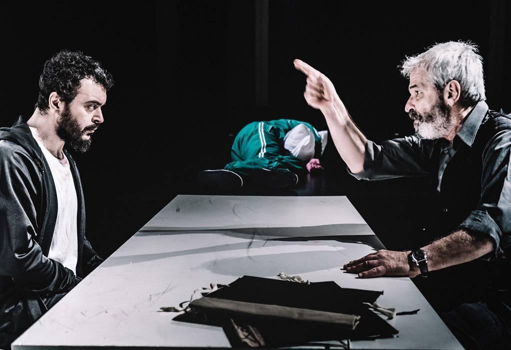 Ο Σπ. Σαραφιανός για τη θεατρική παράσταση «Ο Πουπουλένιος» (ΗΧΗΤΙΚΟ)