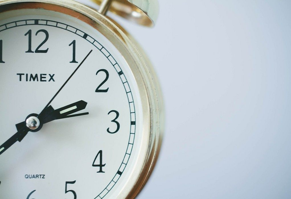 Κανονικά η αλλαγή ώρας και φέτος: Πότε γυρνάμε τα ρολόγια μία ώρα πίσω