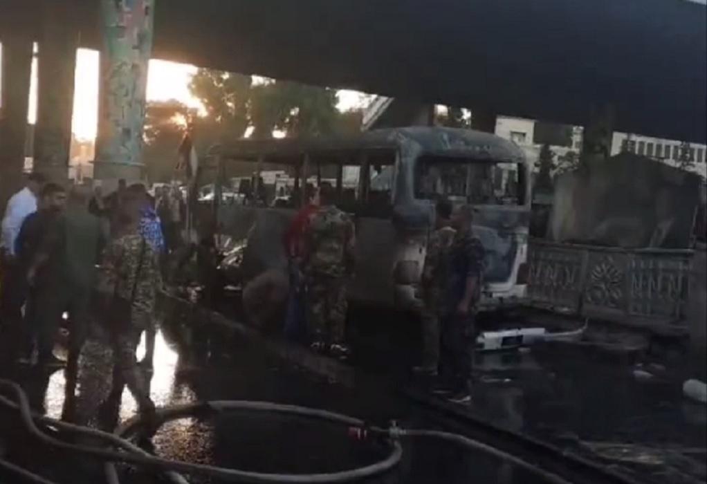 Συρία: Έκρηξη σε λεωφορείο – 13 νεκροί (VIDEO)