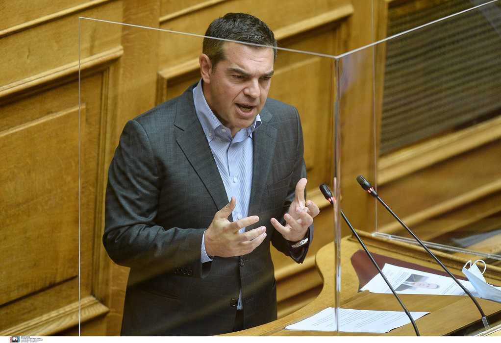 Αλ. Τσίπρας: Αντιμετωπίζετε την πανδημία με ελαφρότητα και προσπάθεια να αποκομίσετε πολιτικά οφέλη