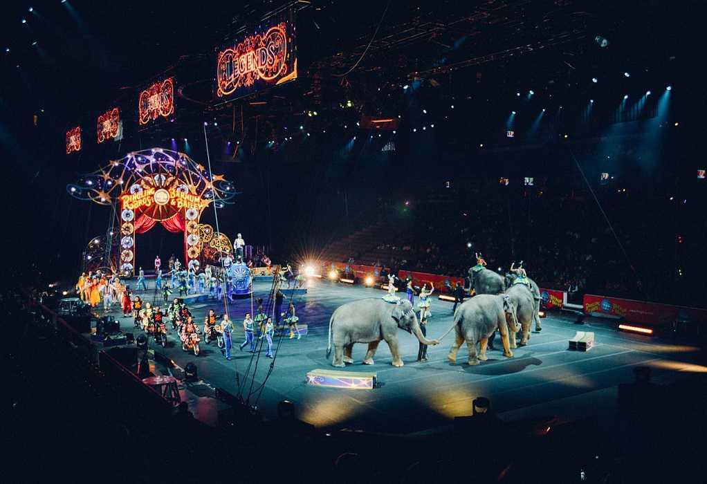 Ρωσία: Αρκούδα επιτέθηκε σε έγκυο θηριοδαμαστή σε τσίρκο (VIDEO)