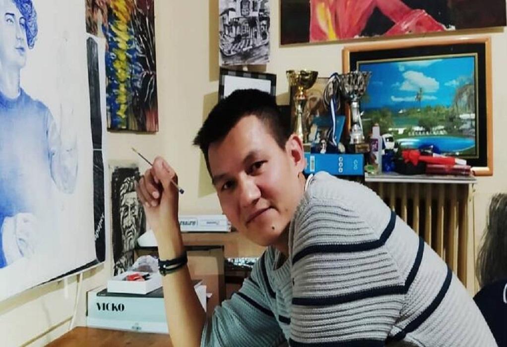 Συγκινεί ο 30χρονος Αφγανός που ζει στην Ελλάδα και ζωγραφίζει τα προσωπικά του βιώματα